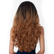 Hair Color Shown : DR2730