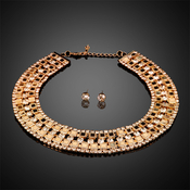 Rhinestone and Chain Choker with Faux Crystal Stud Earrings Set